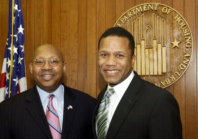 Secretary Alphonso Jackson with Claude Allen - Secretary Alphonso Jackson meeting with Claude Allen, [former Assistant to President George W. Bush for Domestic Policy], at HUD Headquarters