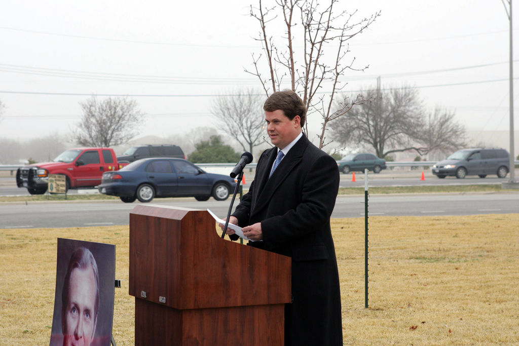 The Fort Hood Visitor Center is renamed in honor of the late Congressman Marvin Leath, Republican of Texas, during a ceremony at the Central Texas post.  Leath represented the 11th Congressional District of the U.S. House of Representatives from 1979-1991. During the ceremony, Leath's son Tom spoke to the gathered crowd on behalf of the Leath family. (U.S. Army PHOTO by Joseph Huckenstein, CIV) (Released)