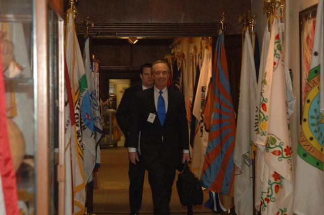 [Assignment: 48-DPA-N_DS_Kemp_4-3-06] Idaho Governor, [and Secretary of the Interior nominee], Dirk Kempthorne visiting Main Interior,  [meeting senior officials including Acting Secretary P. Lynn Scarlett and Chief of Staff Brian Waidmann] [48-DPA-N_DS_Kemp_4-3-06_DOI_2268.JPG]