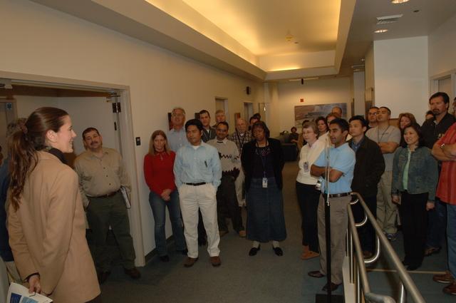 [Assignment: 48-DPA-N_Scarl_CA_BuRec] Acting Secretary P. Lynn Scarlett  [and aides touring] Bureau of Reclamation field office during California visit [48-DPA-N_Scarl_CA_BuRec_DOI_2600.JPG]