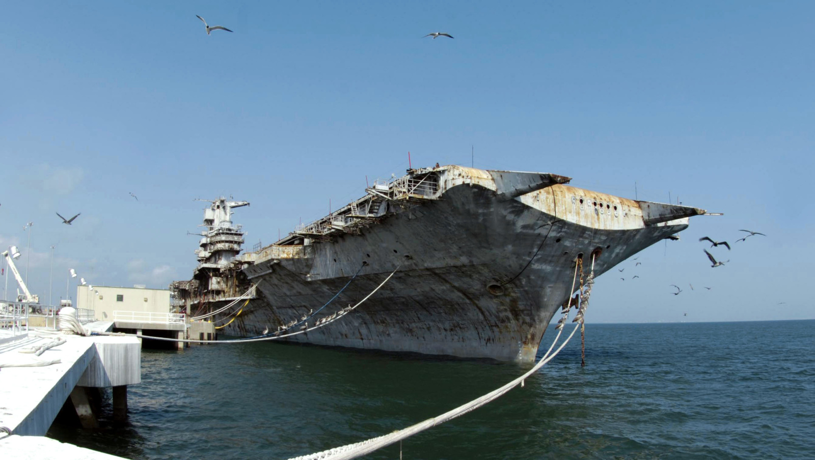 A starboard bow view of the decommissioned USN Intrepid