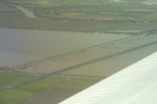 [Assignment: 48-DPA-N_Scarl_CA_Aer] Aerial views of California [taken during visit of] Acting Secretary P. Lynn Scarlett [48-DPA-N_Scarl_CA_Aer_DSC_0014.JPG]