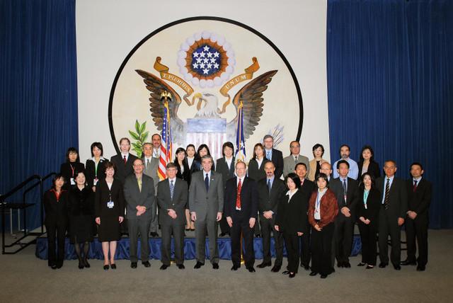 [Assignment: OS_2006_1201_160] Office of the Secretary (Carlos Gutierrez) - Secretary Gutierrez Trip from Japan [40_CFD_OS_2006_1201_160_TOKYO-037.jpg]