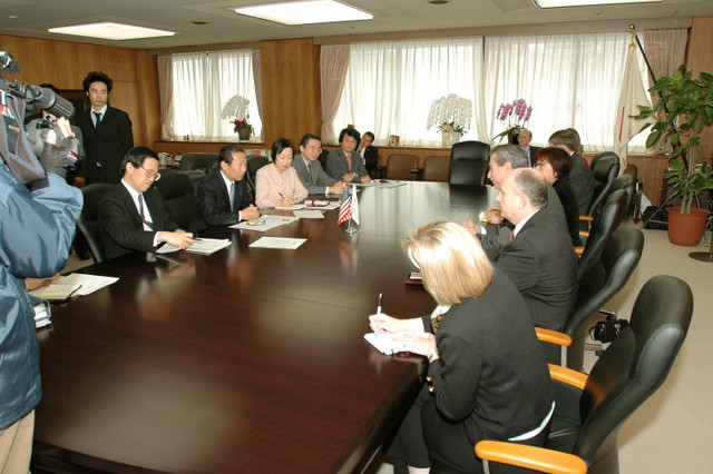 [Assignment: OS_2006_1201_160] Office of the Secretary (Carlos Gutierrez) - Secretary Gutierrez Trip from Japan [40_CFD_OS_2006_1201_160_TOKYO-246.jpg]