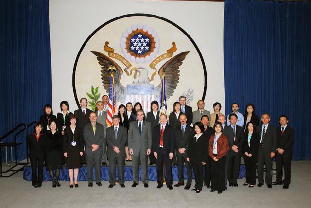 [Assignment: OS_2006_1201_160] Office of the Secretary (Carlos Gutierrez) - Secretary Gutierrez Trip from Japan [40_CFD_OS_2006_1201_160_TOKYO-038.jpg]