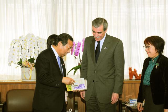 [Assignment: OS_2006_1201_160] Office of the Secretary (Carlos Gutierrez) - Secretary Gutierrez Trip from Japan [40_CFD_OS_2006_1201_160_TOKYO-258.jpg]