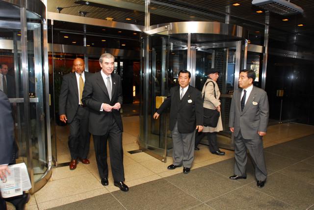 [Assignment: OS_2006_1201_160] Office of the Secretary (Carlos Gutierrez) - Secretary Gutierrez Trip from Japan [40_CFD_OS_2006_1201_160_TOKYO-506.jpg]