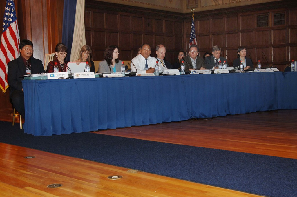 [Assignment: NOAA_2006_3137_48] National Oceanic and Atmospheric Administration - US Coral Reef Task Force Congressional Reception [40_CFD_NOAA_2006_3137_48_DSC_3810.JPG]