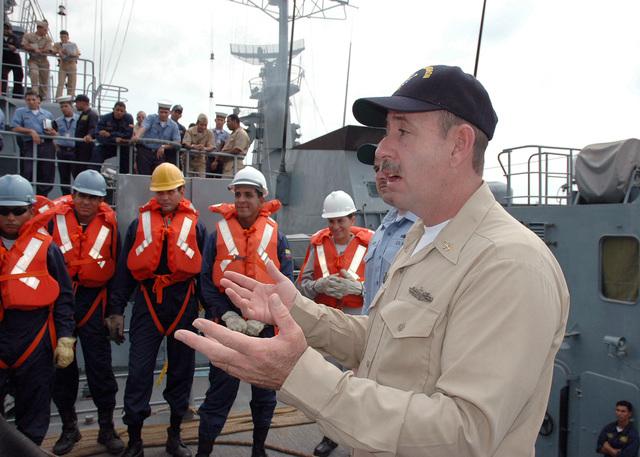 US Navy (USN) SENIOR CHIEF Sonar Technician (SCST) Michael Davis, observes underway replenishment training aboard the Armada Republica Colombia (ARC) ship BUENAVENTURA (BM 162), Cartagena, Colombia (COL)