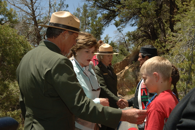 [Assignment: 48-DPA-N_Sc_Bush_CO] Visit of Acting Secretary P. Lynn Scarlett to [Mesa Verde National Park], Colorado, where she joined First Lady Laura Bush, National Park Service [Director Fran Mainella, Mesa Verde Superintendent Larry Wiese, and other dignitaries for speeches, tours marking the Park's 100th anniversary] [48-DPA-N_Sc_Bush_CO_DSC_0835.JPG]