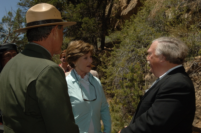 [Assignment: 48-DPA-N_Sc_Bush_CO] Visit of Acting Secretary P. Lynn Scarlett to [Mesa Verde National Park], Colorado, where she joined First Lady Laura Bush, National Park Service [Director Fran Mainella, Mesa Verde Superintendent Larry Wiese, and other dignitaries for speeches, tours marking the Park's 100th anniversary] [48-DPA-N_Sc_Bush_CO_DSC_0846.JPG]