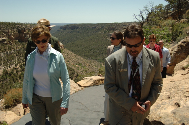[Assignment: 48-DPA-N_Sc_Bush_CO] Visit of Acting Secretary P. Lynn Scarlett to [Mesa Verde National Park], Colorado, where she joined First Lady Laura Bush, National Park Service [Director Fran Mainella, Mesa Verde Superintendent Larry Wiese, and other dignitaries for speeches, tours marking the Park's 100th anniversary] [48-DPA-N_Sc_Bush_CO_DSC_1038.JPG]