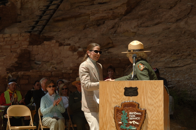 [Assignment: 48-DPA-N_Sc_Bush_CO] Visit of Acting Secretary P. Lynn Scarlett to [Mesa Verde National Park], Colorado, where she joined First Lady Laura Bush, National Park Service [Director Fran Mainella, Mesa Verde Superintendent Larry Wiese, and other dignitaries for speeches, tours marking the Park's 100th anniversary] [48-DPA-N_Sc_Bush_CO_DSC_0890.JPG]