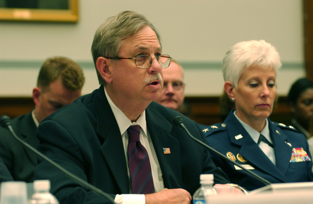 Washington D.C., 5/24/2006 -- FEMA Acting Director of Operations, Bob Shea, testifes before the House Government Reform Committee on preparations for the 2006 hurricane season.  Andrea Booher/FEMA