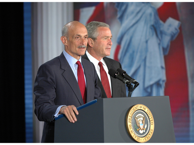 Washington, DC, June 01, 2006 -- Secretary of the US Department of Homeland Security, Michael Chertoff, introduces President George W. Bush at the US Chamber of Commerce where President Bush gave a speech on Immigration.  DHS/Barry Bahler