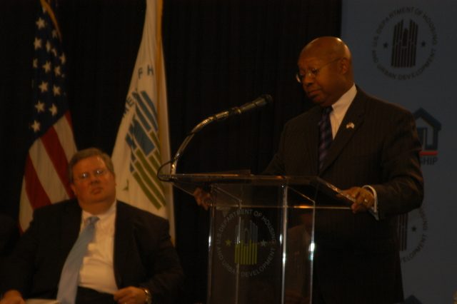 National Homeowners Fair - National Homeowners Fair, at HUD Headquarters, [attended by Secretary Alphonso Jackson, Deputy Secretary Roy Bernardi, Assistant Secretary for Housing-Federal Housing Commissioner Brian Montgomery, and other HUD officials]
