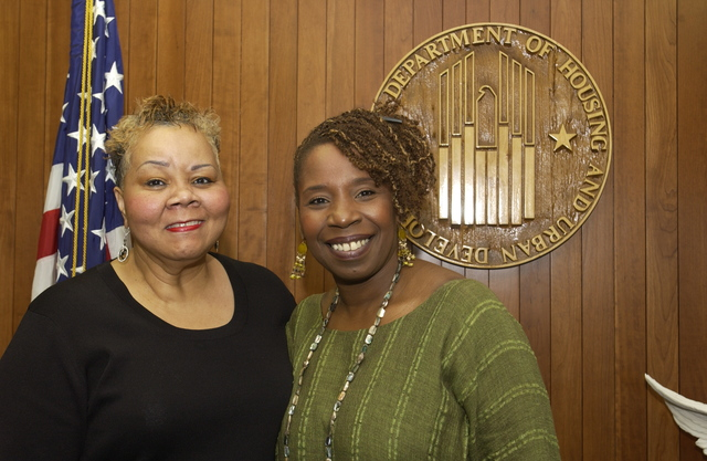 Visit of Iyanla Vanzant to HUD - Visit of [author and television personality] Iyanla Vanzant to HUD Headquarters to meet with Secretary Alphonso Jackson and staff