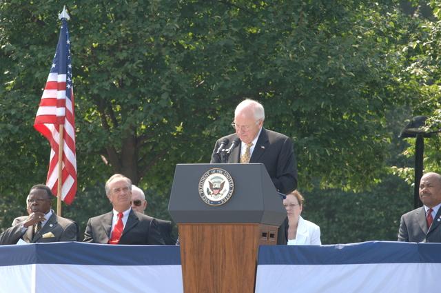 [Assignment: 48-DPA-SOI_K_Korean_7-27-06] 2006 Korean War Veterans Armistice Day Ceremony [at the Korean War Veterans Memorial, Washington, D.C.], with Secretary Dirk Kempthorne [joining Vice President Dick Cheney and South Koreaa's Ambassador to the U.S., Lee Tae-Sik, among the dignitaries participating] [48-DPA-SOI_K_Korean_7-27-06_DOI_9571.JPG]