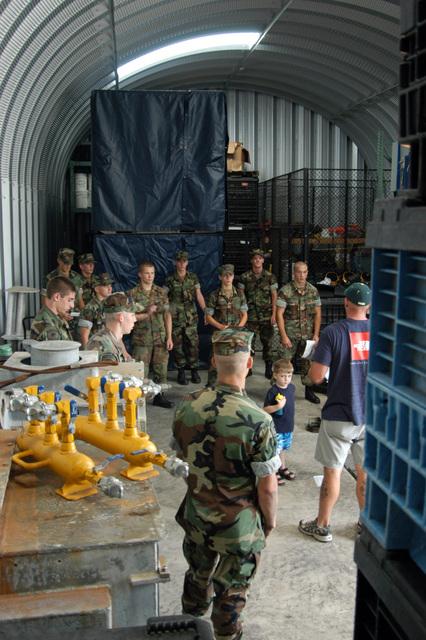 An Australian Coalition Navy Explosive Ordnance Disposal ...
