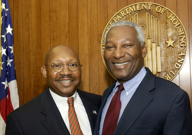 Secretary Alphonso Jackson with Fred Greene and John Ray - Secretary Alphonso Jackson meeting at HUD Headquarters with: Fred Greene, [President of FLGA, LLC Real Estate Group]; John Ray, [partner with the Manatt, Phelps, and Phillips law firm and former Washington, D.C. City Councilman]; and associates