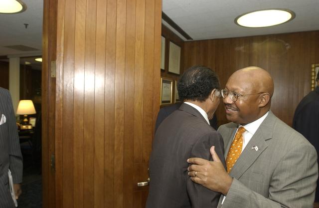 Secretary Alphonso Jackson with Gary, Indiana Mayor Rudy Clay and Associates - Secretary Alphonso Jackson meeting with Gary, Indiana Mayor Rudy Clay, and associates, at HUD Headquarters
