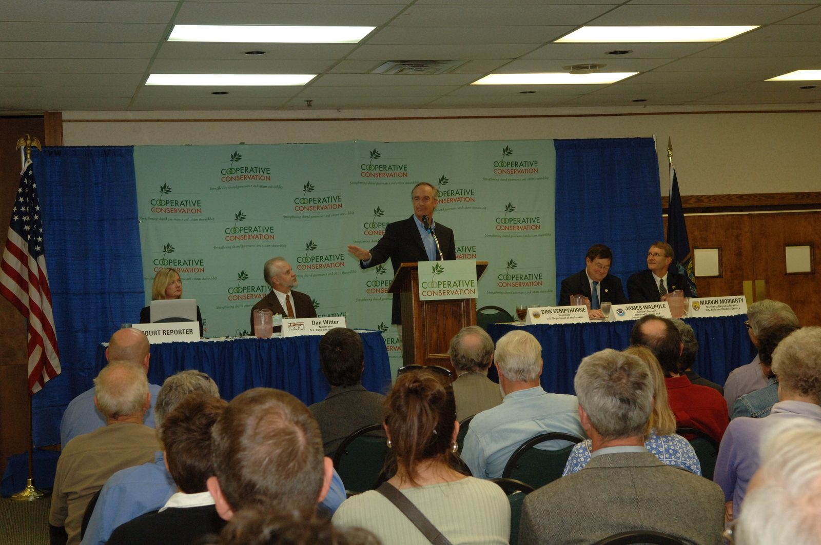 """[Assignment: 48-DPA-SOI_K_ME_CoopC_9-20-06] Cooperative Conservation public """"listening session"""" at [Jeff's Catering Banquet and Convention Center in Brewer], Maine, with Secretary Dirk Kempthorne [joining Fish and Wildlife Service Northeast Regional Director Marvin Moriarty and National Oceanic and Atmospheric Administration General Counsel James Walpole among the federal officials on hand] [48-DPA-SOI_K_ME_CoopC_9-20-06_IOD_6304.JPG]"""