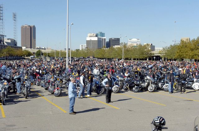 "More than 3,000 motorcycle riders are gathered at Naval Station Norfolk, Va., on Oct. 14, 2006, to attend the""Rumble through the Tunnels""event to raise money for the Navy-Marine Corps Relief Society. The event honors the Armed Forces and is sponsored by Harley-Davidson and the City of Portsmouth, Va. (U.S. Navy PHOTO by Mass Communication SPECIALIST SEAMAN Octavio N. Ortiz) (Released)"
