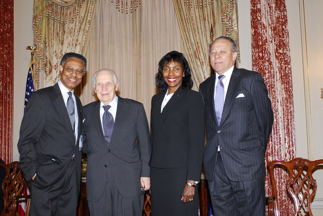 [Assignment: 59-CF-DS-32106-06] Event hosted by Secretary Condoleezza Rice in the Benjamin Franklin Room, marking the launch of the Ralph Bunche Societies Initiative... [Photographer: Ann Thomas--State] [59-CF-DS-32106-06_DSC0048.JPG]
