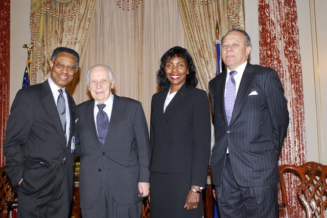 [Assignment: 59-CF-DS-32106-06] Event hosted by Secretary Condoleezza Rice in the Benjamin Franklin Room, marking the launch of the Ralph Bunche Societies Initiative... [Photographer: Ann Thomas--State] [59-CF-DS-32106-06_DSC0047.JPG]