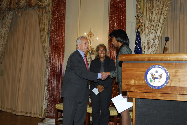 [Assignment: 59-CF-DS-32106-06] Event hosted by Secretary Condoleezza Rice in the Benjamin Franklin Room, marking the launch of the Ralph Bunche Societies Initiative... [Photographer: Ann Thomas--State] [59-CF-DS-32106-06_DSC0016.JPG]