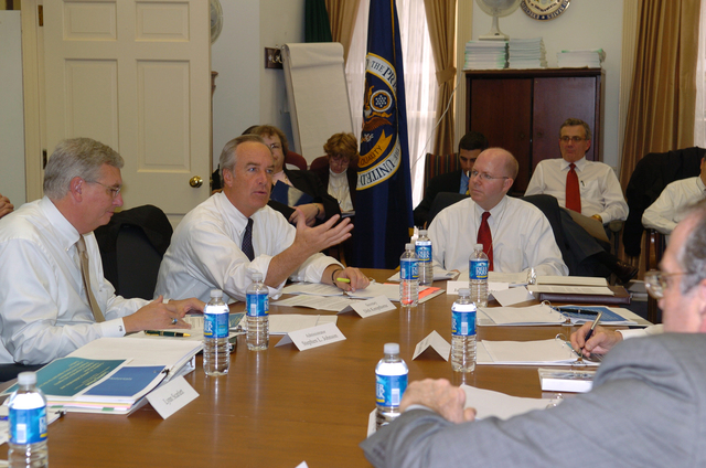 [Assignment: 48-DPA-SOI_K_Coop_Con_12-1-06] Secretary Dirk Kempthorne [participating in] Cooperative Conservation-related [White House meeting led by the Chairman of the White House Council on Environmental Quality, James Connaughton] [48-DPA-SOI_K_Coop_Con_12-1-06_Edit16DSC_0033.JPG]