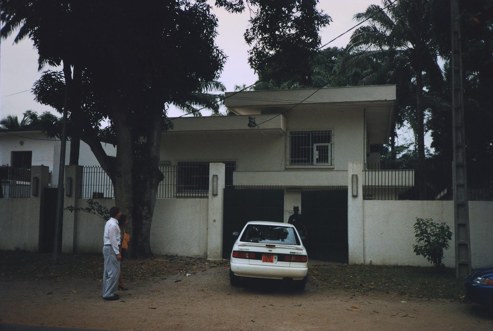 Abidjan - Compound Site - 1997