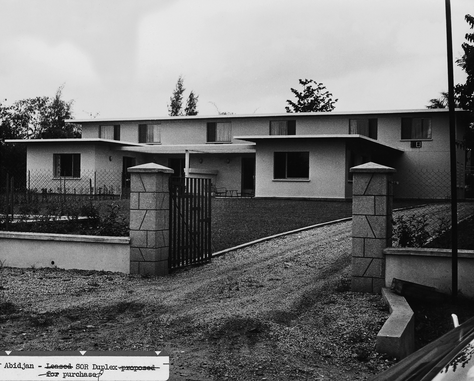 Abidjan - Mid-Level Position Residence - 1962