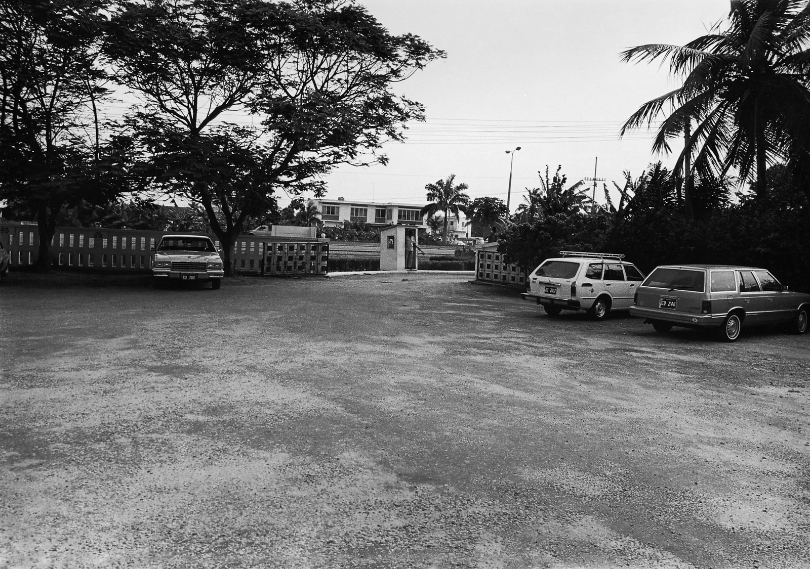 Accra - Chancery Office Building - 1983
