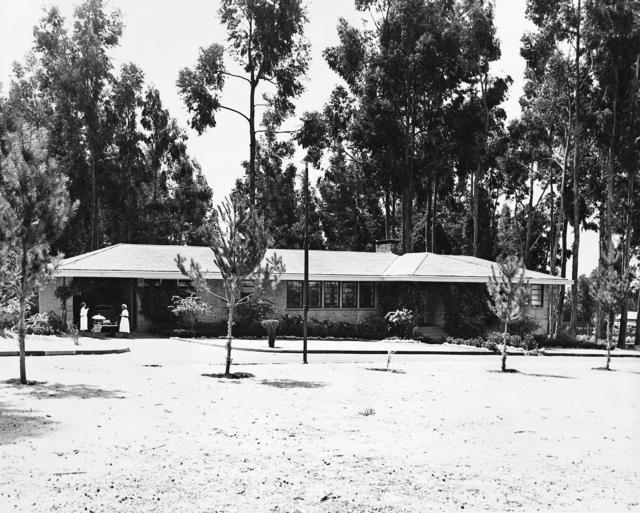 Addis Ababa - Standard Level Position Residence - 1962