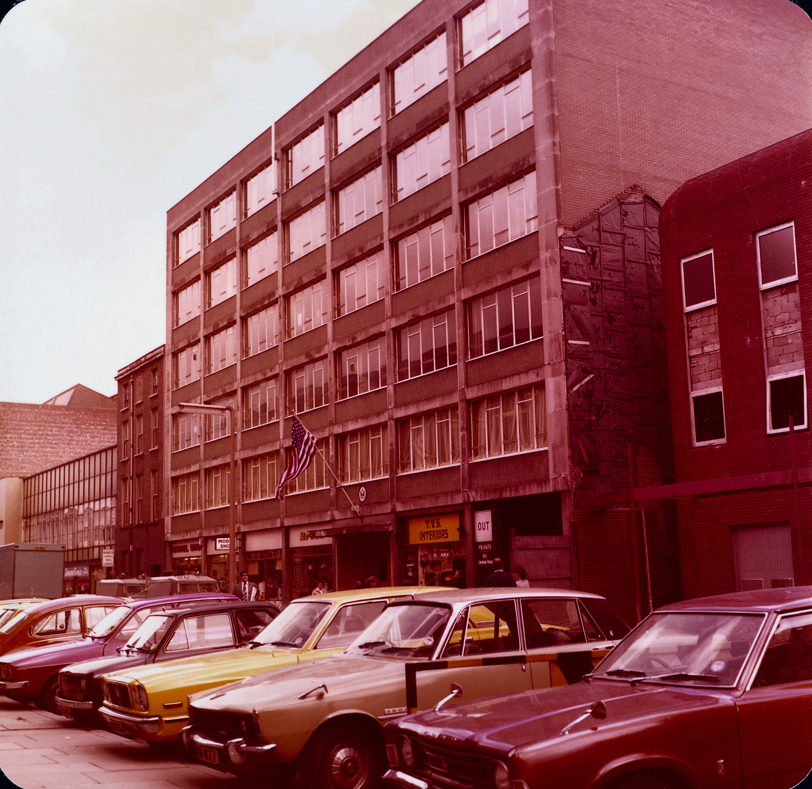 Belfast - Consulate Office Building - 1979