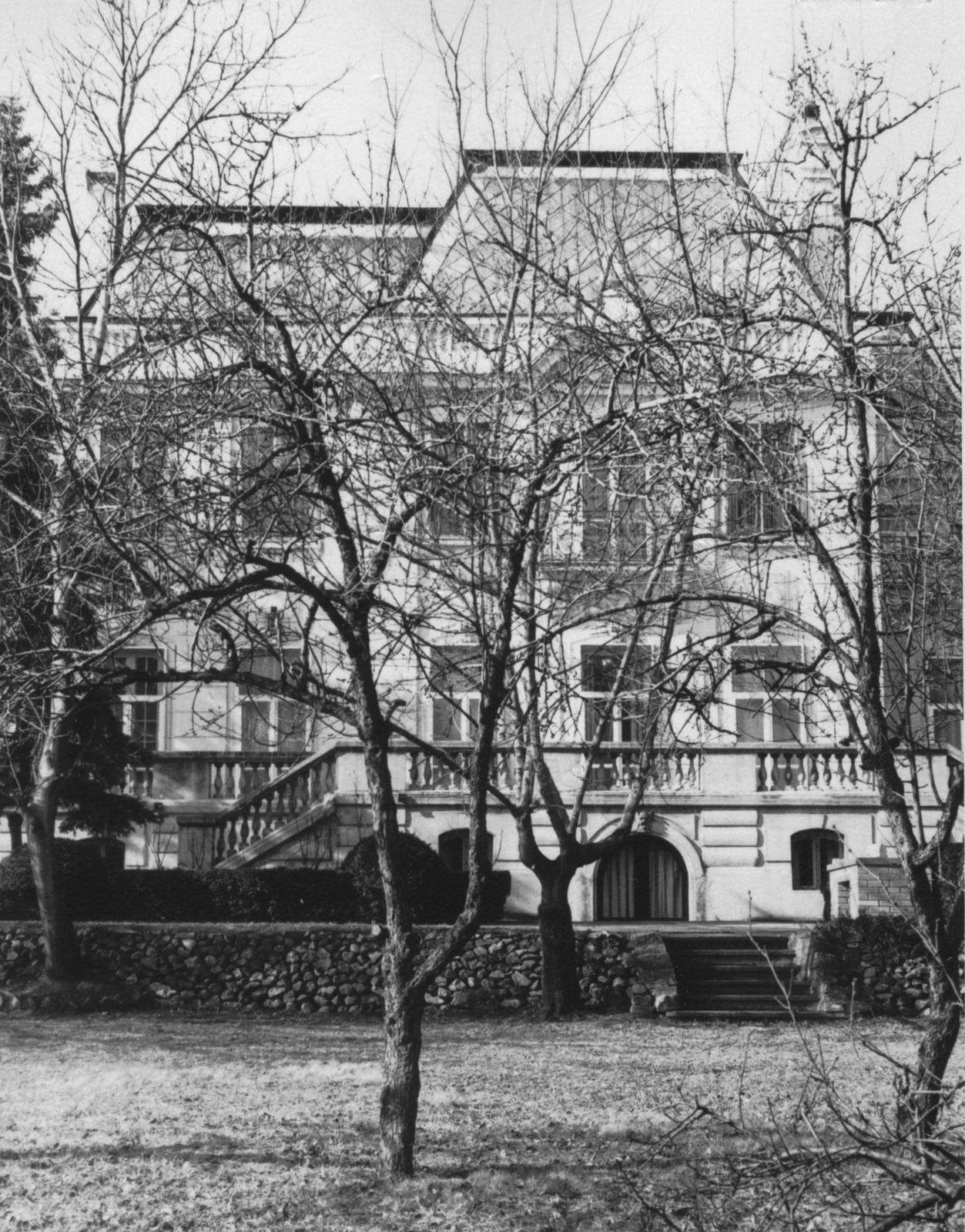 Belgrade - Mid-Level Position Residence - 1972