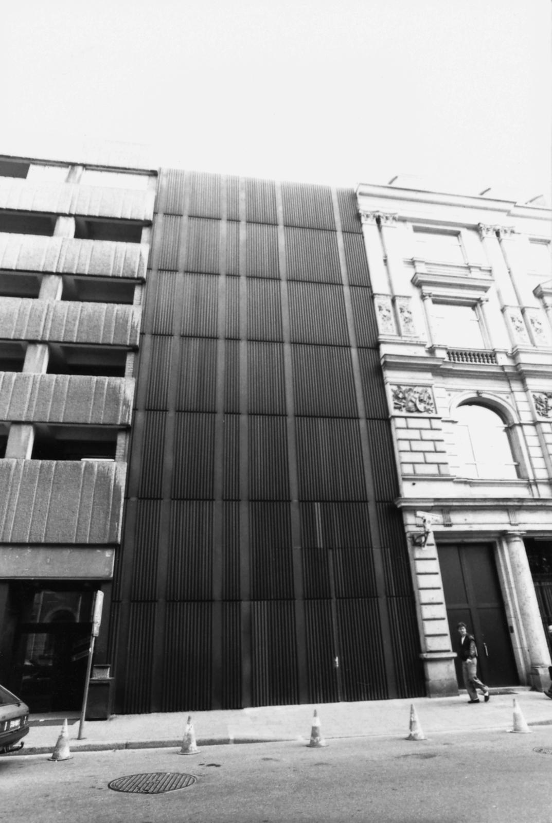 Berlin - Annex Office Building - 1990