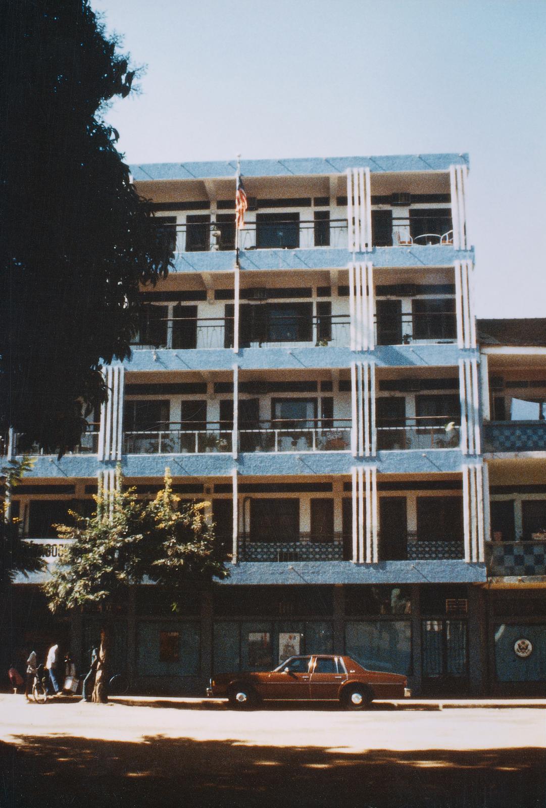 Bissau - Multi-Unit Residential Building - 1988
