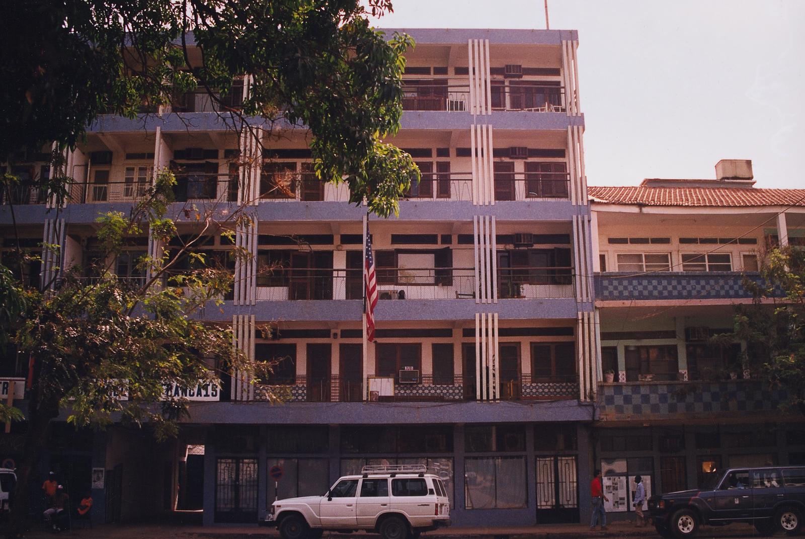 Bissau - Multi-Unit Residential Building - 1991