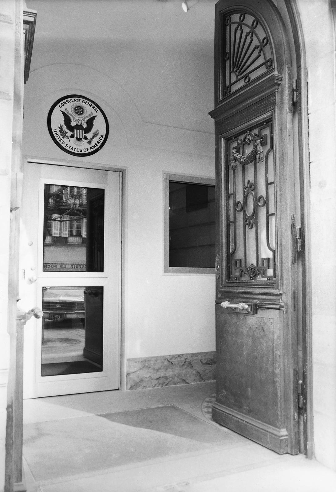 Bordeaux - Consulate Office Building - 1985