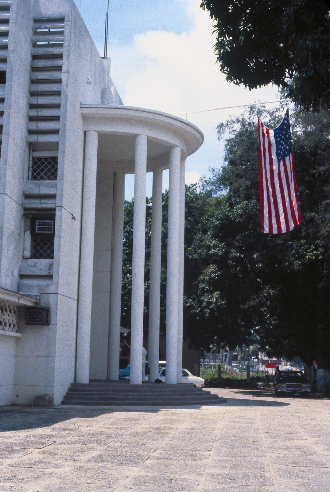 Brazzaville - Chancery Office Building - 1980
