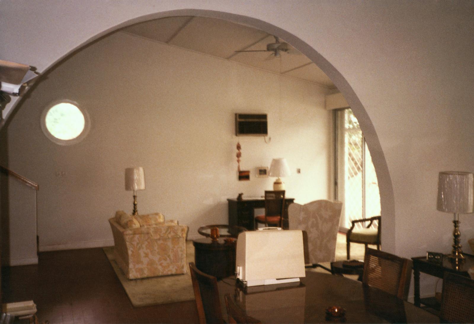 Brazzaville - Multi-Unit Residential Building - 1984