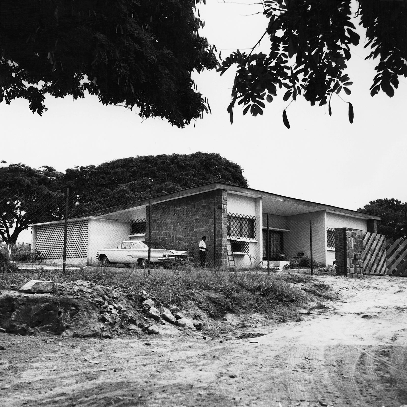 Brazzaville - Standard Level Position Residence