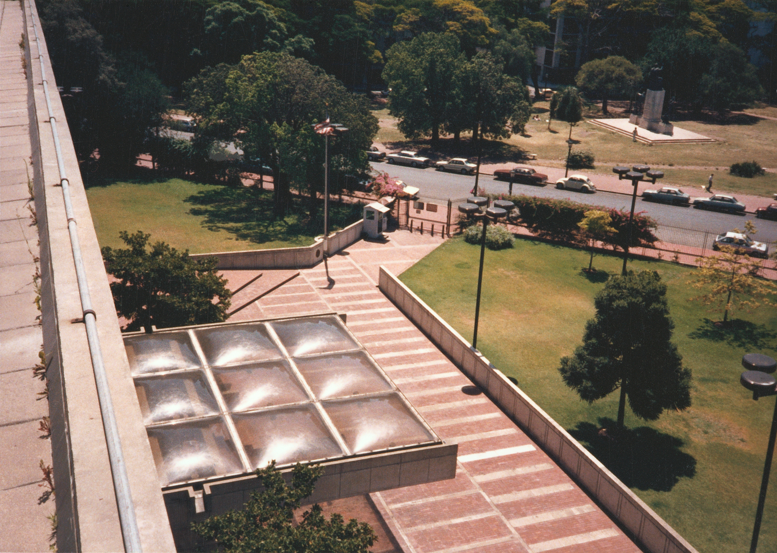 Buenos Aires - Chancery Office Building - 1987