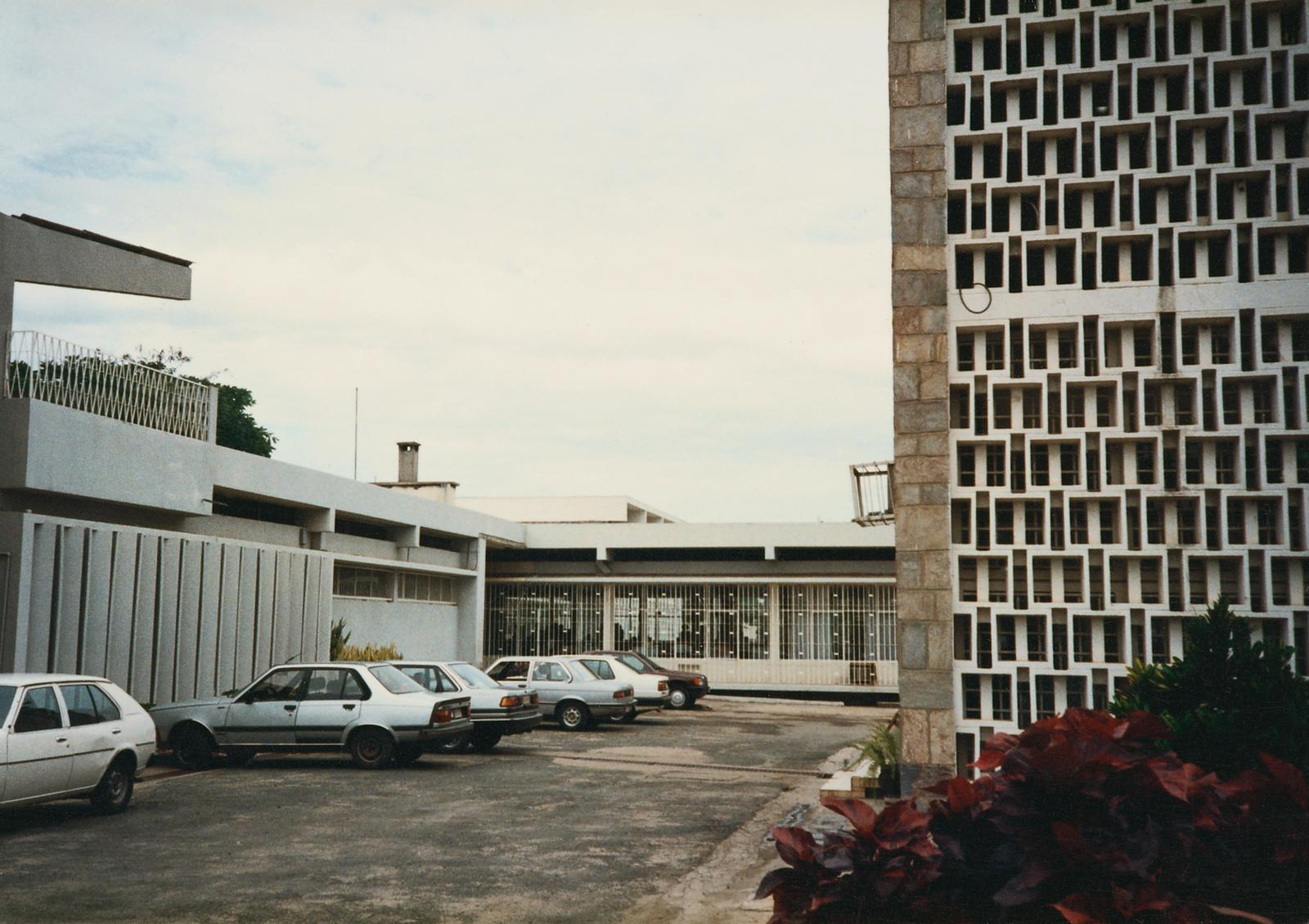 Bujumbura - Standard Level Position Residence - 1988