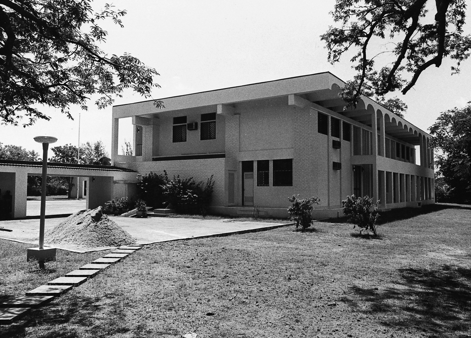 Chennai - Principal Officer/Consul General Residence - 1976