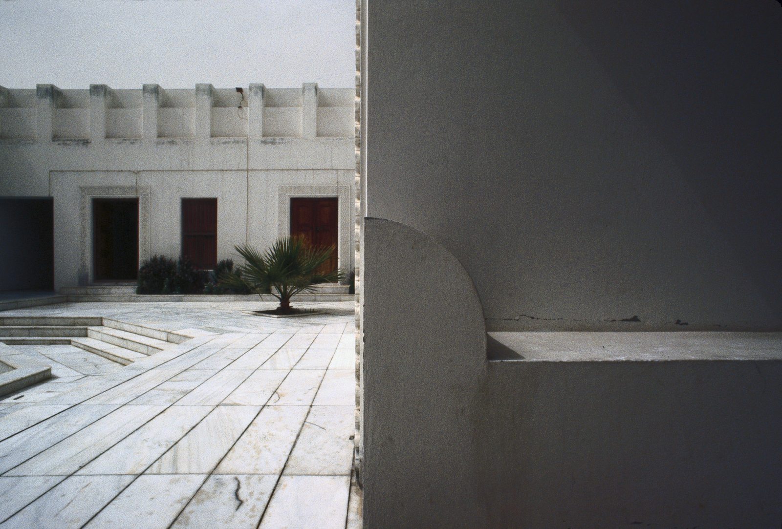 Doha - Chancery Office Building - 1980