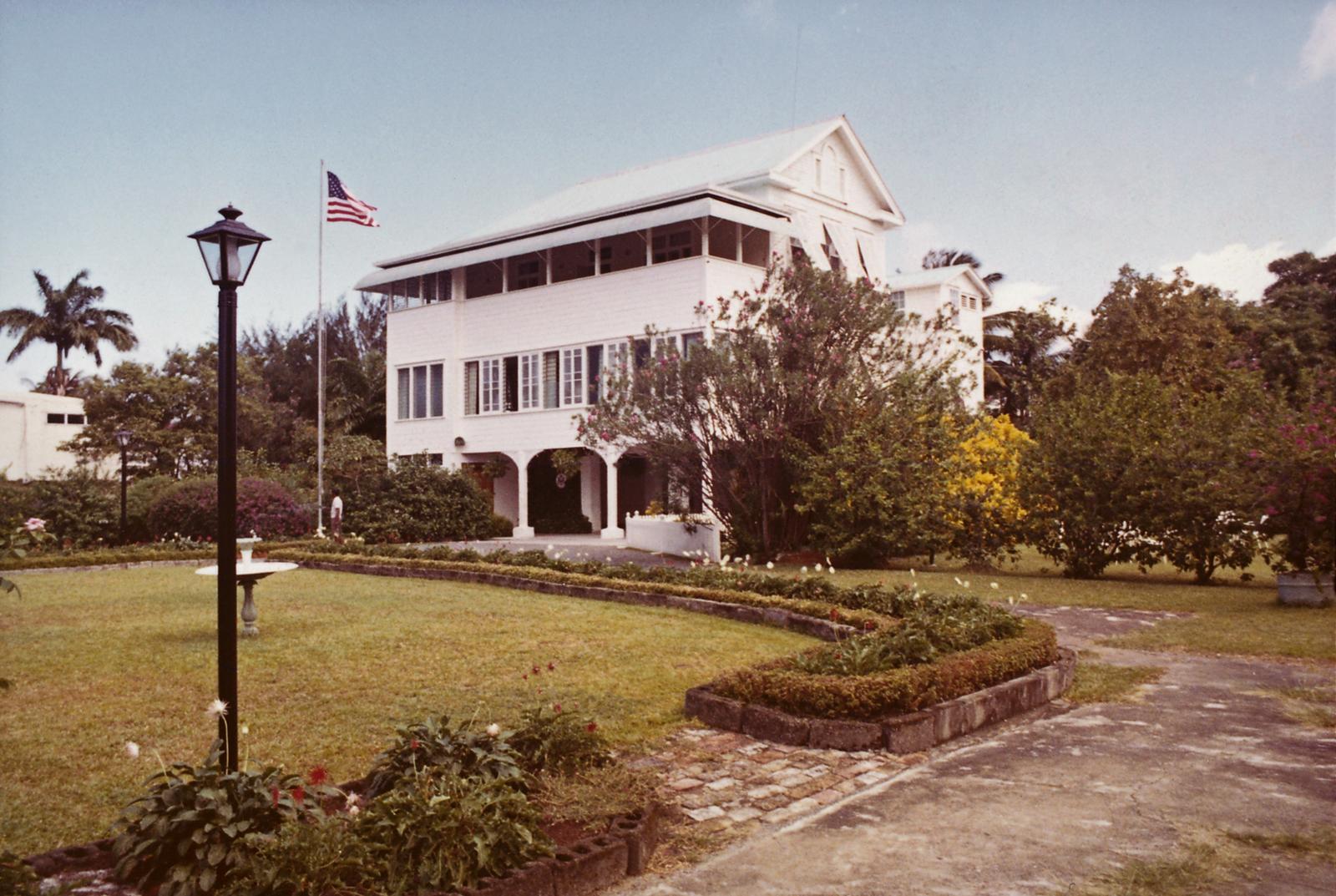 Georgetown - Annex Office Building - 1972