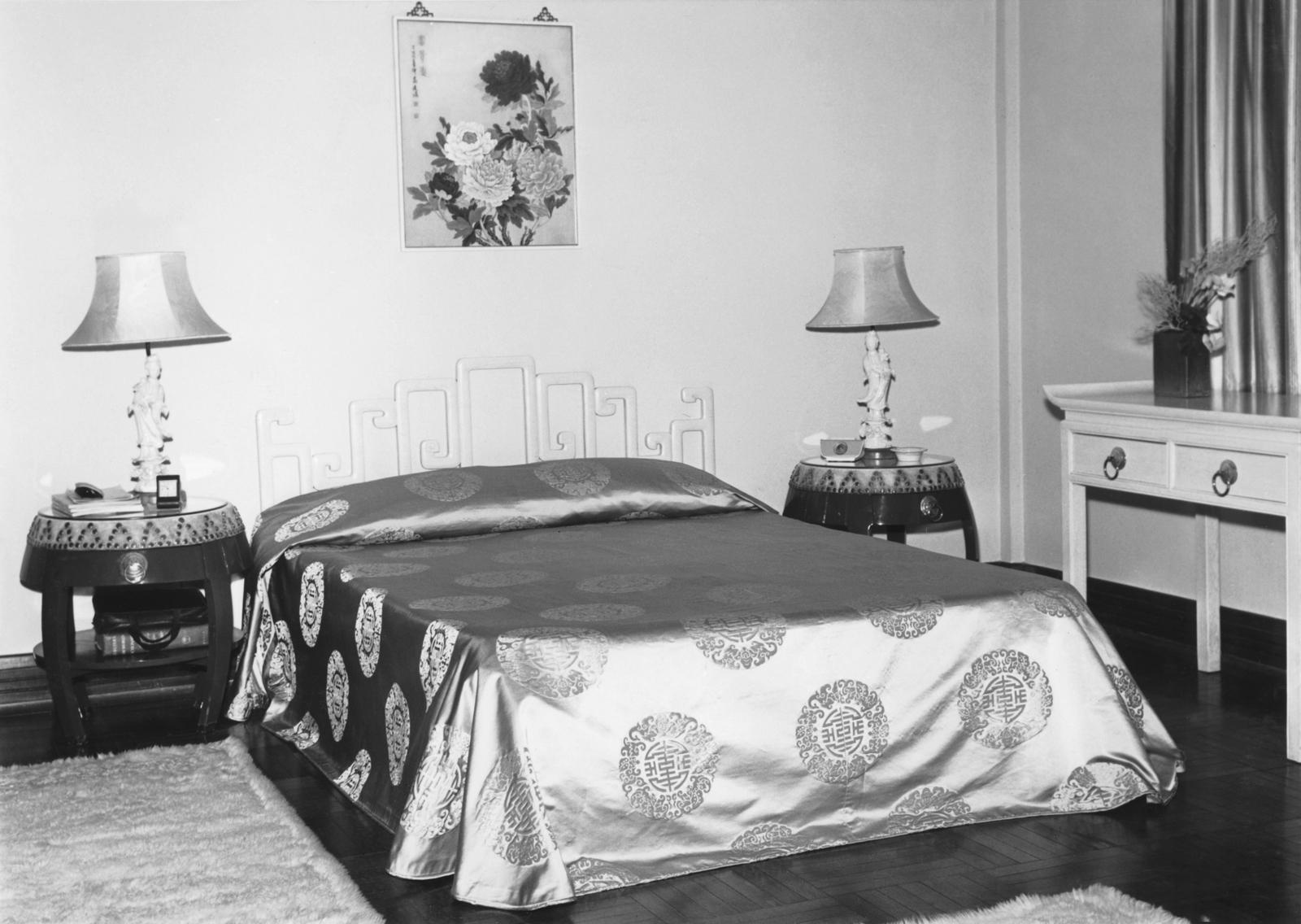 Hong Kong - Mid-Level Position Residence - 1963